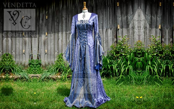 Callalily-020 Medieval gowns and medieval wedding gowns