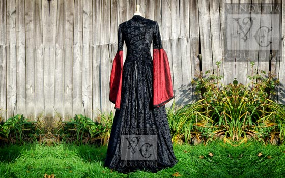 Lily-015a Medieval Style Dress